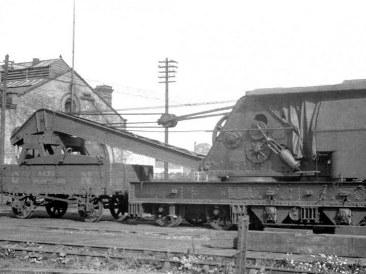 1938: GNR Steam Crane 2 and runner 8435 at Adelaide shed. (Drew Donaldson)