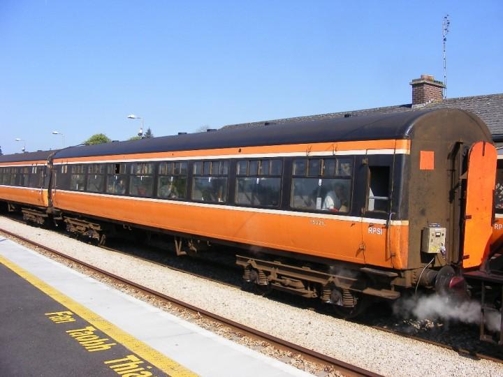 11/5/2009: 1532 at Ballyhaunis on the 'Carrowbeg' railtour. (C.P.Friel)