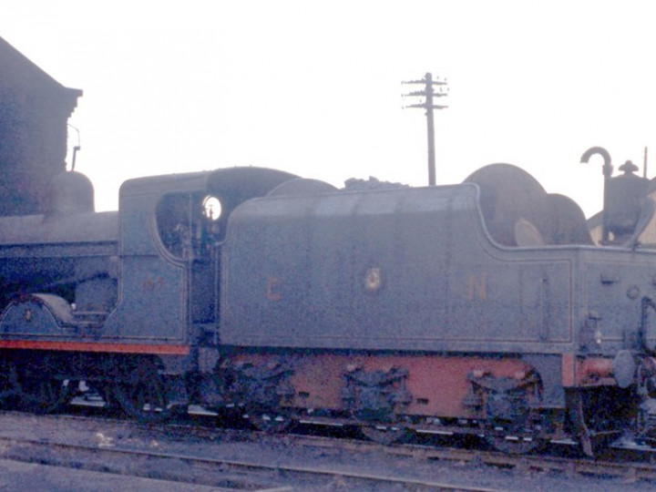 17/12/1960: U class No.197 'Lough Neagh' and tender 43 at Amiens  Street shed. (D. FitzGerald)
