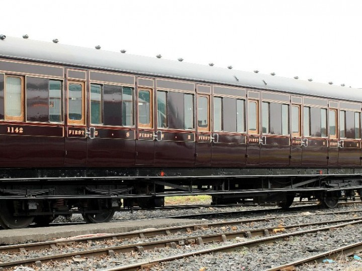 1142 in all its glory at Inchicore. (G. Mooney)