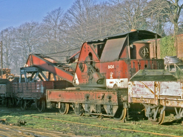 30/1/1978: GNR steam crane at Lisburn. (C.P. Friel)