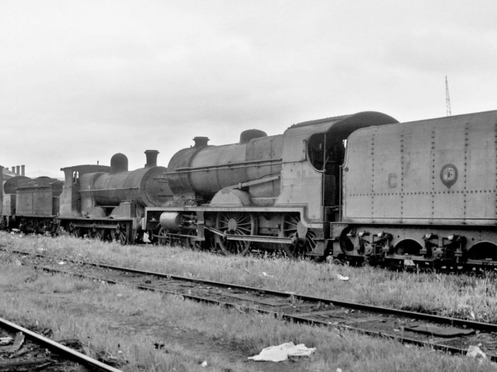 14/6/1964: No.85 all but derelict along with other out of use locomotives at Inchicore. (R. Joanes)