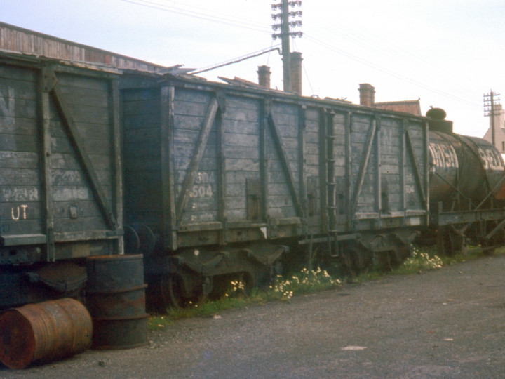 6/8/1969: Guinness Vans 2518 and 504 in Carrickfergus yard. (C.P. Friel)