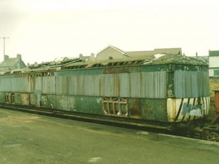 The railcar in its UTA livery with 'wasp' stripes, photographed at Whitehead Excursion Station in 1992.