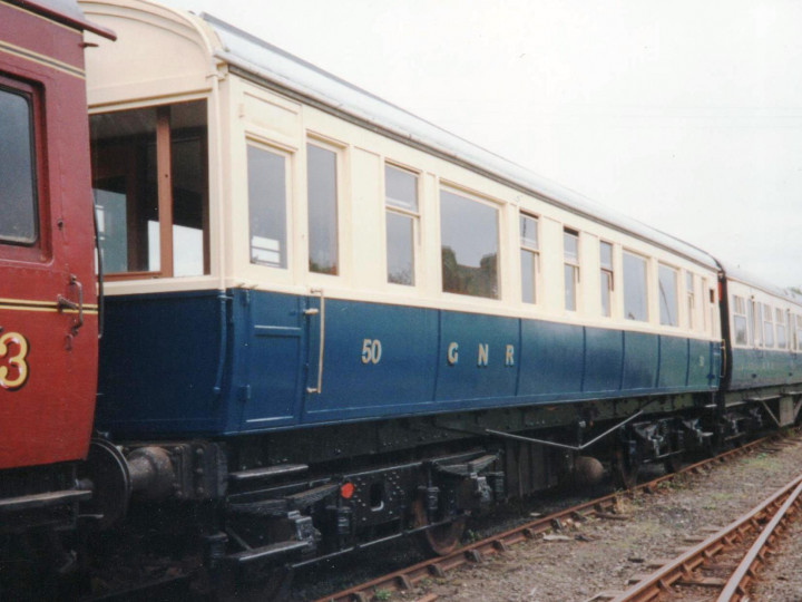 2/7/1993: The Saloon in GNR(I) railcar livery at Whitehead. (D. Humphries)