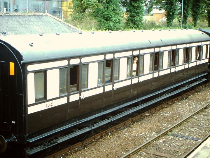 11/8/2001: At Gorey on a Sea Breeze train. (M. Birchenough)