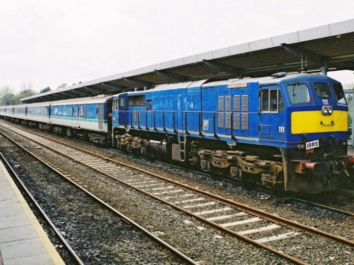 2003: A rake of 6 coaches and generator with GM 111 at Bangor on a IRRS charter. (B. Pickup)