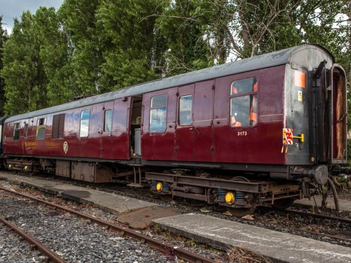 3/7/2016: 3173, gleaming at Inchicore. (S.Comiskey)