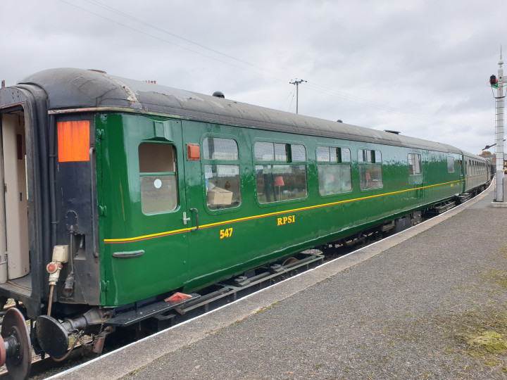 17/10/2020: The diner appears during a shunt at Whitehead following its repaint. (A. Lohoff)