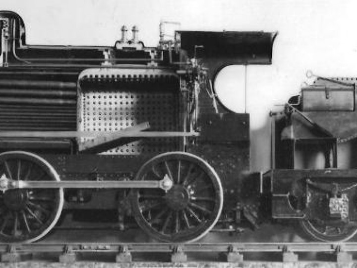 No.202 model, photographed at Dundalk in 1937 or 1938 for Meccano Magazine. (Duffner/GNR(I))