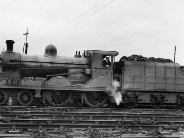 June 1962: U class No.202 'Louth' kept tender 46 when it became UTA No.67.