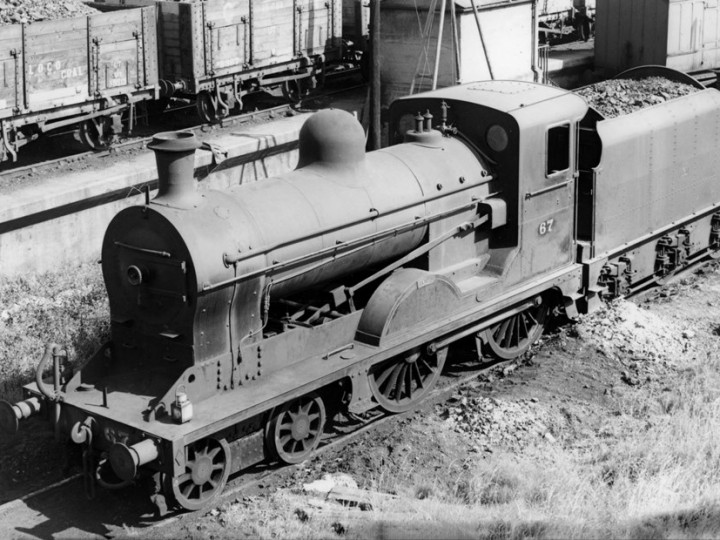 U class No.67 'Louth' (ex 202) at Portadown shed with Dundalk-underframed tender 46.