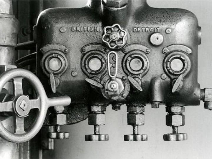 Detroit lubricator as carried by No.461. (V. Brady)