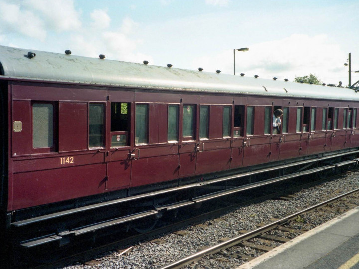 9/5/1998: 1142 at Bagenalstown. (R. Joanes)